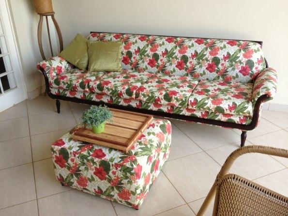 sofá florido lilian